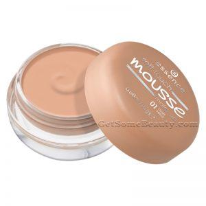 Essence Soft Touch Mousse Make-Up 01 matt sand